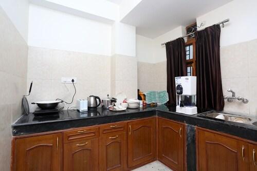 OYO 9102 Home Cozy 3BHK Near Mall Road, Shimla