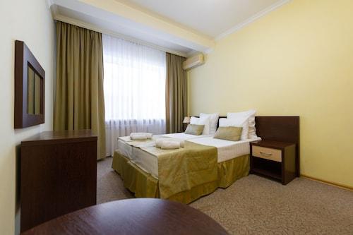 Hotel Sharm, Sochi gorsovet