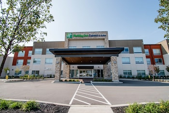 托納旺達水牛城區智選假日套房飯店 Holiday Inn Express & Suites Tonawanda - Buffalo Area, an IHG Hotel