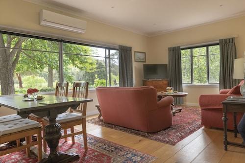 Glenlowren, Yarra Ranges - North