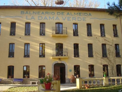 Balneario de Almeida La Dama Verde, Zamora