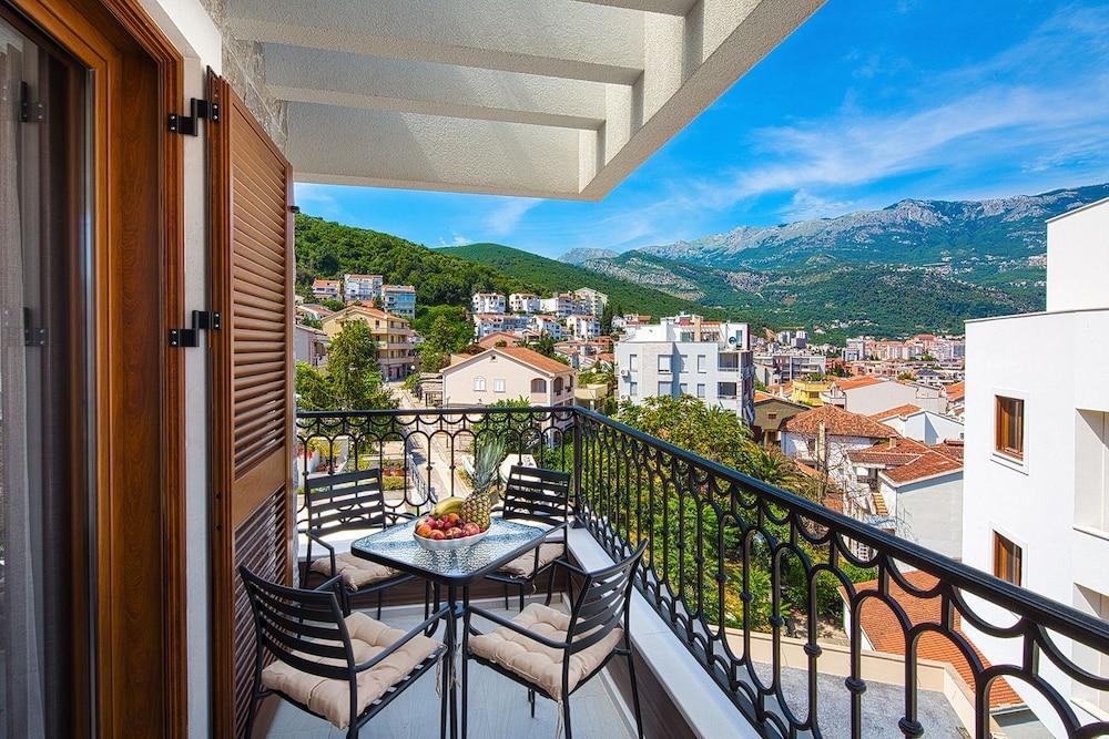 Egy hét Montenegró, Budva szállással és repjeggyel