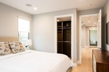 Stunning Luxury - Four Bedroom Home