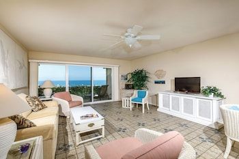 A Beachfront Condominium #130457 1 Bedroom 2 Bathrooms Condo