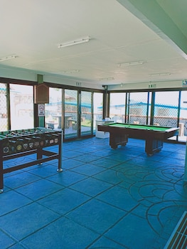 CAVE BEACH RESORT Game Room