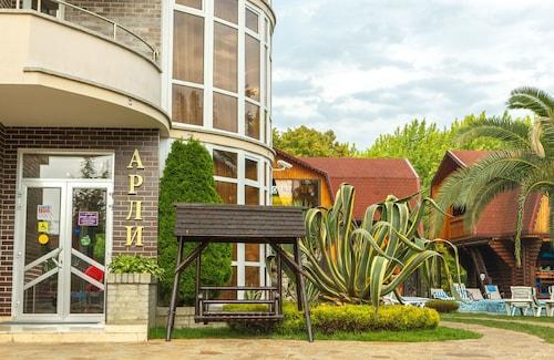 Arli Hotel, Sochi gorsovet