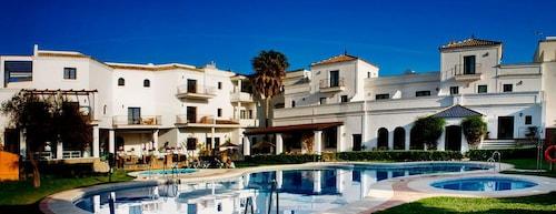 Hotel Doña Lola Zahara, Cádiz