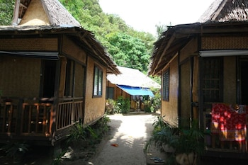 LUGADIA BEACH COTTAGES