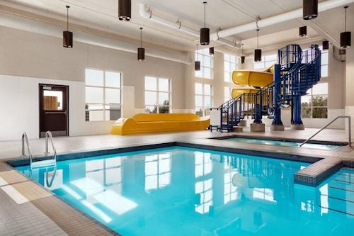. Microtel Inn & Suites By Wyndham Val-d Or
