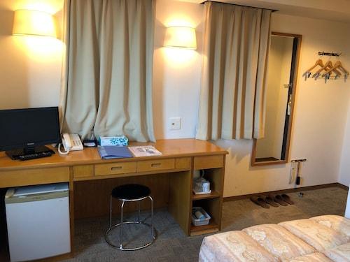 Business Hotel Cosmo Inn, Fukuroi