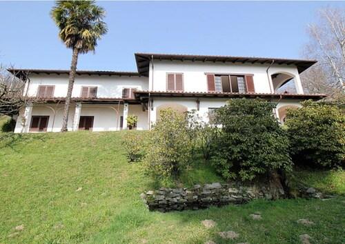 Villa Graziella's Home, Novara