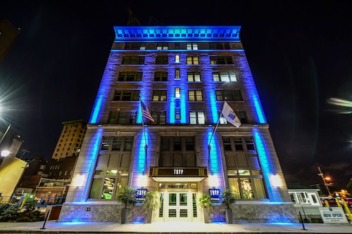 . TRYP by Wyndham Newark Downtown