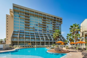 Solare Tower 902 Apartment 3