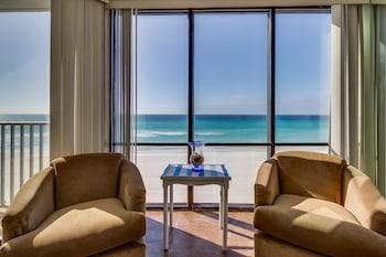 Windward Breeze 400 Apartment 3