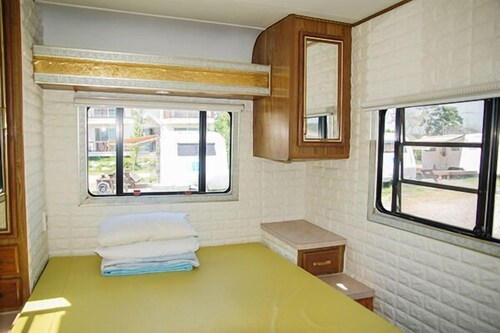 Mongsanpo Holiday Park Caravan, Taean