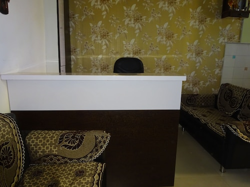 Hotel Yatri, Gandhinagar