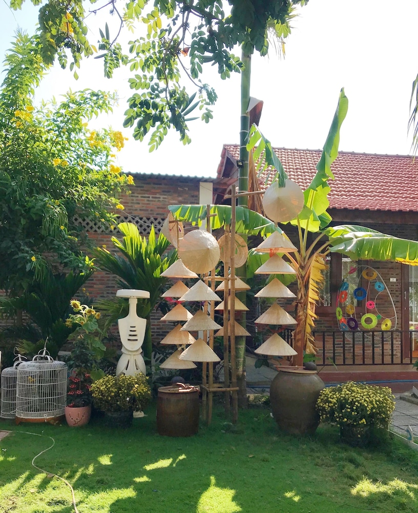 May Bungalow
