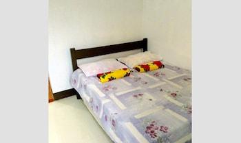 YSRAELA LODGING HOUSE - BURGOS - HOSTEL Room