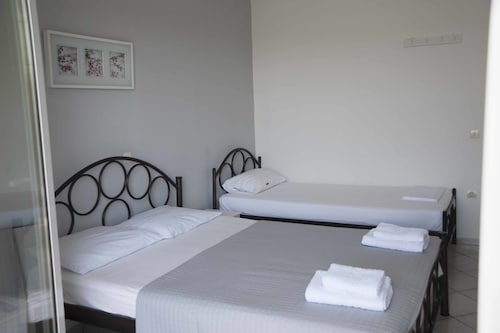 Filia Rooms & Apartments, Central Greece