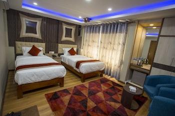 Deluxe Tek Büyük Veya İki Ayrı Yataklı Oda, 1 Yatak Odası, Sigara İçilebilir, Balkon