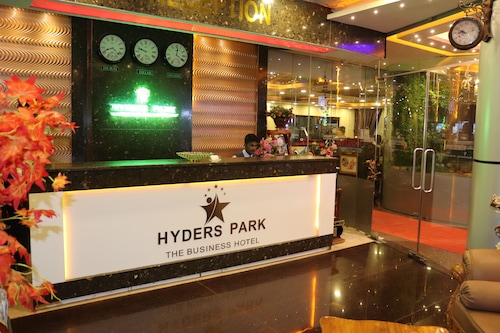 . Hyders Park - The Business Hotel