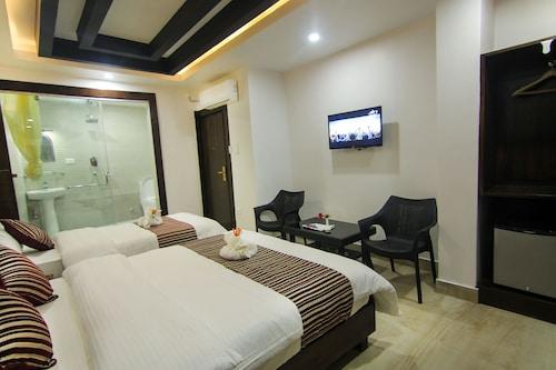 Hotel Lakeside, Gandaki