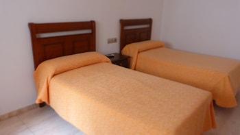Hotel - Hostal La Masía