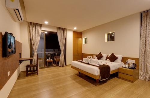 Hotel Shree Sai, Kolhapur