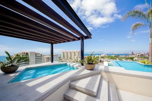6th Floor Cool Mexican Comfort, Puerto Vallarta