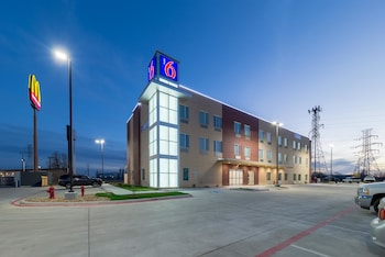Featured Image at Motel 6 Fort Worth North-Saginaw in Fort Worth