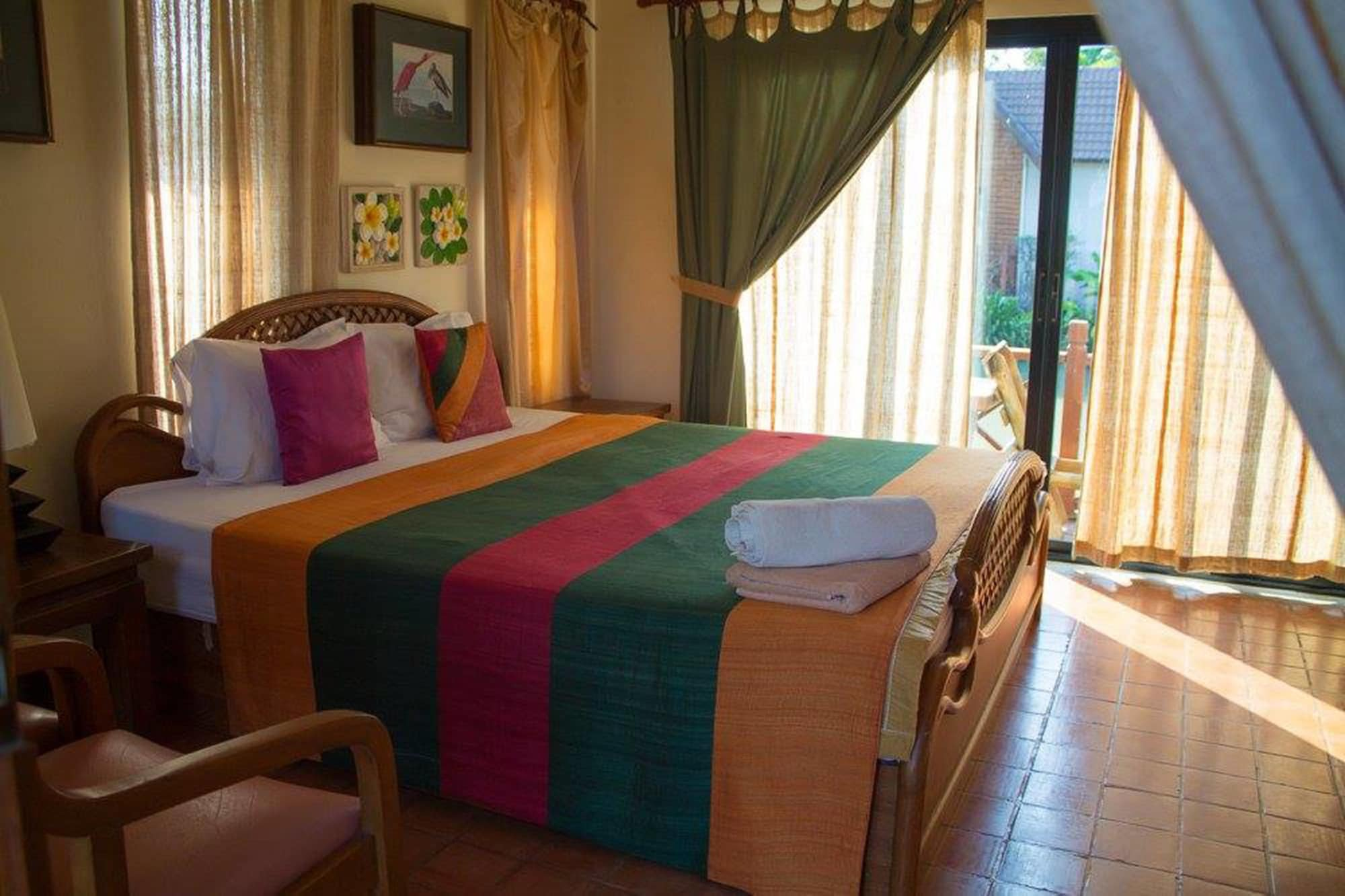 Saplaisuan Resort, U Thong