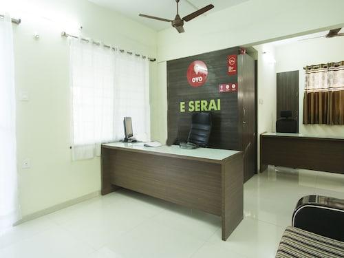 OYO 10221 Hotel E Serai, Pune