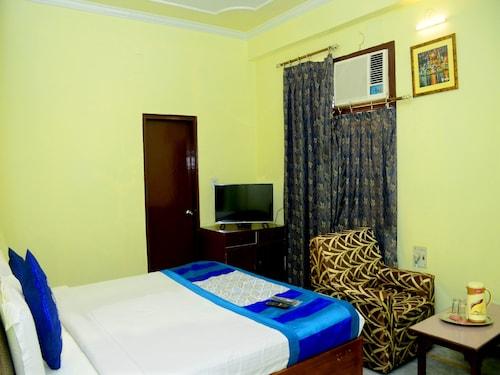 OYO 3071 Hotel Kamesh Hut, Varanasi