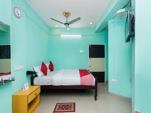 OYO 10471 Hotel Samrat Palace, Haora