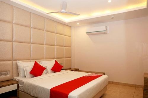 OYO 11324 Hotel The Bentree, Bhopal