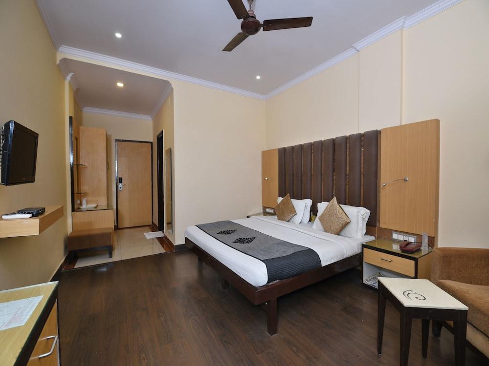 OYO 10706 Hotel Siddhartha