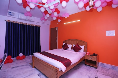 OYO 10994 Hotel Luxury INN, Patna