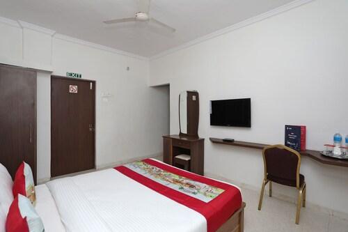 OYO 10671 Hotel Sai Prem, Nashik