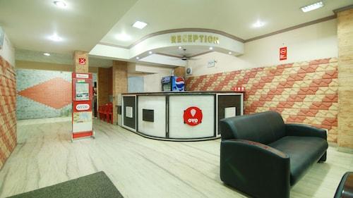 OYO 4824 Hotel Star, Ernakulam