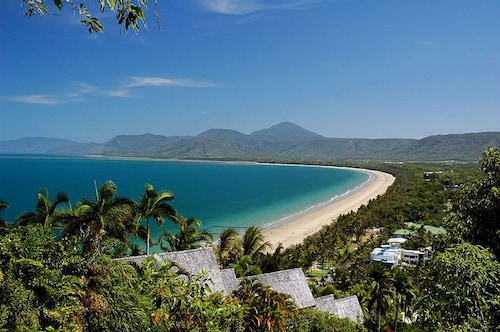 Beach Club Port Douglas 3 Bedroom Luxury Apartment, Douglas