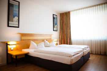 Deluxe Double Room, 1 King Bed