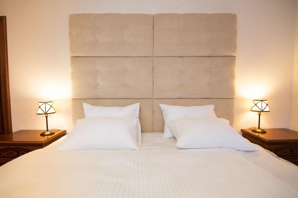 Premium Village Residence