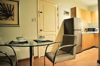 GRAMERCY RESIDENCES In-Room Dining