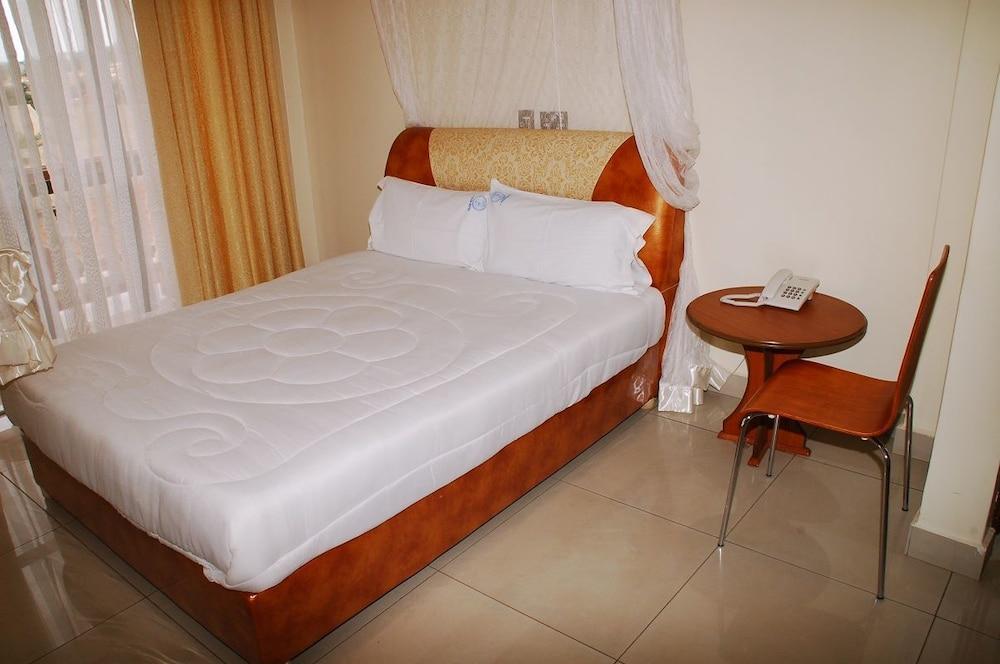 J-Frigh Hotel, Kampala