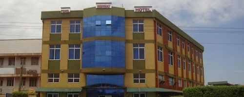 Pearl Highway Hotel, Kampala