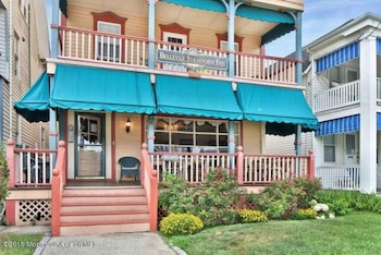 Hotel - Bellevue Stratford Inn