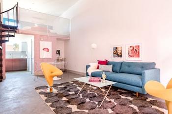 Playful 1BR Hillcrest Suites by Sonder