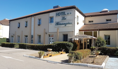 __{offers.Best_flights}__ Hôtel la Bérangère