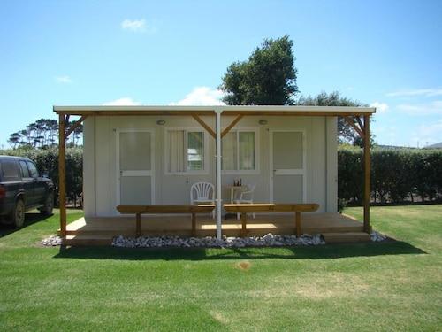 Port Waikato Holiday Park, Franklin