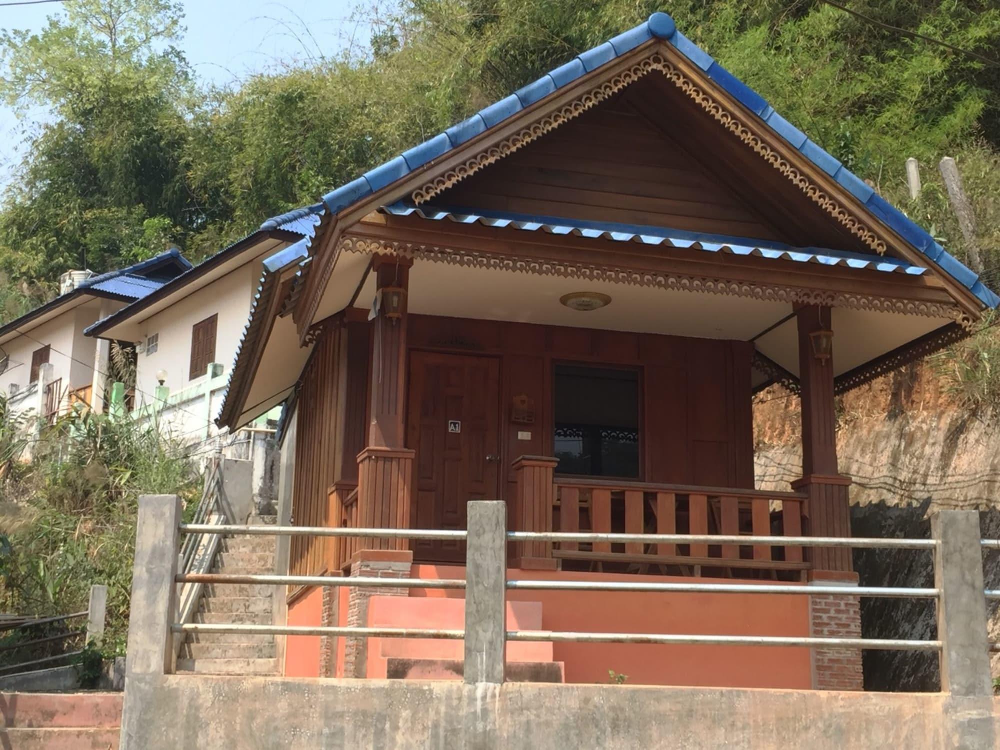Khamsuk Resort, Chiang Saen